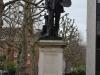 Statue Millais