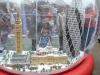 Schneekugel mit Legoabbildern der Wahrzeichen Londons