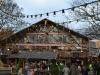 Bayrisches Dorf im Hyde Park in der Adventszeit