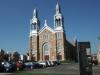 Kirche mit doppleter Silberner Spitze