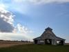 Wolkenspiel bei einer Scheune in Charleston IL USA