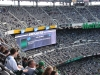 Sehr große Anzeigetafeln im Stadion