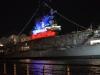 Das Museumsschiff USS Intrepid im Hafen New Yorks