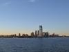 Die AIDAbella ist schon weiter weg von Manhattan