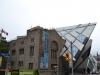 Royal Ontario Museum mit neuem Anbau