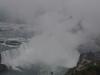 Imposantes Wasser aufsteigen bei den Niagara Fällen