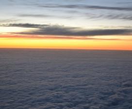 Blick aus dem Flugzeug Fenster
