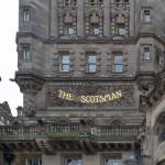 The Scotsman, Blick vom Bahnhof aus