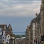 Blick die Royal Mile in Edinburgh abwärts