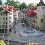 Schweizer Altstadt aus Lego