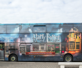 Der Bus zur Harry Potter Studio Tour