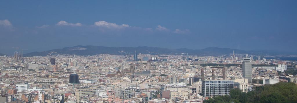 Aussicht auf Barcelona von den Seilbahnen Barcelonas aus.