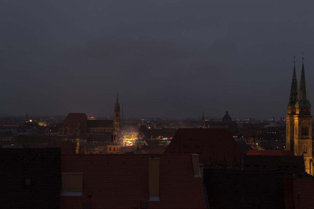 Leuchtender Christkindlesmarkt in Nürnberg