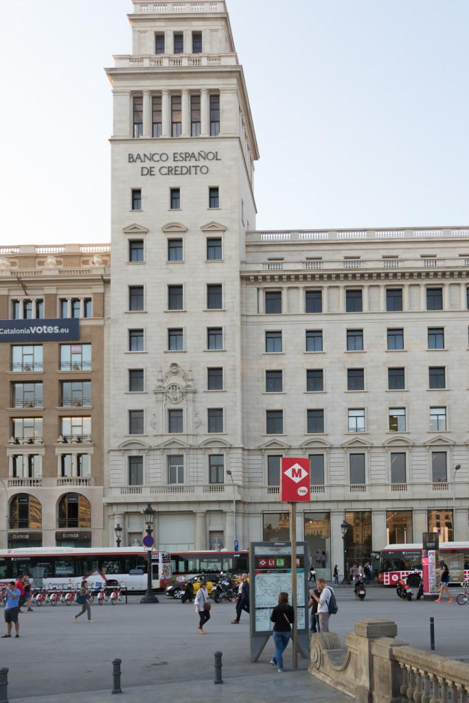 Banco Espanol de Credito in der Innenstadt Barcelonas