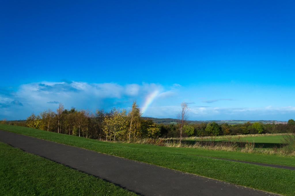 Regenbogen über Northumberland (Nord England)