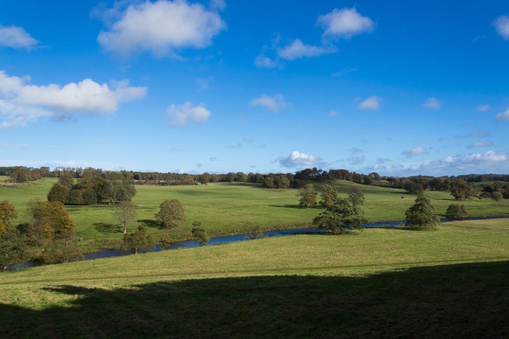 Sonnen und Schatten Spiel auf Landschaft bei Alnwick