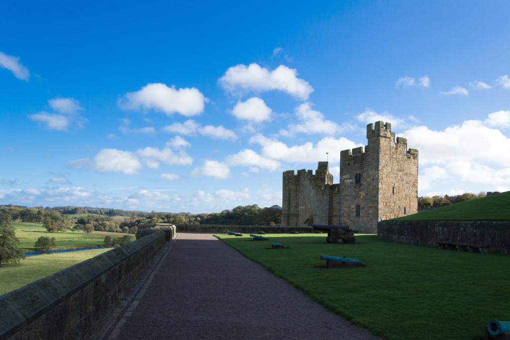 Kanonen Richtung Schottland auf Alnwick Castle