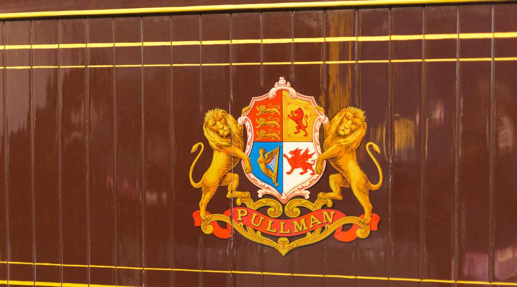 Pullman Logo auf Reisezugwagen