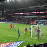 The Bluebirds in rot zu Hause gegen Ipswich Town FC.