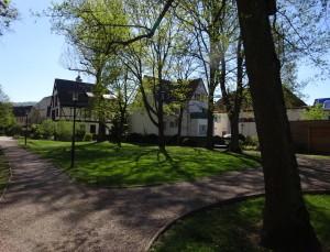Schlosspark Blick auf das Schlosshotel