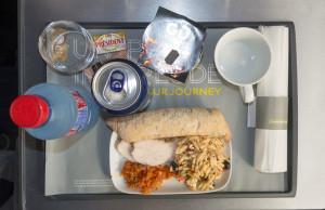 Essen im Eurostar - Hähnchen mit Nudelsalat