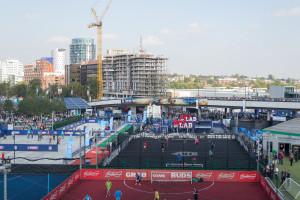 Spiel und Spaß Zone vor dem Wembley Stadion