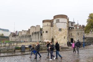 Tower of London, die von der Themse abgewandte Seite