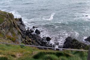 Ui hier gehts tief runter - Cornwalls Küste