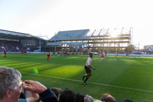 Die Sonne blendet durch den Neubau - Stadion Bristol City FC