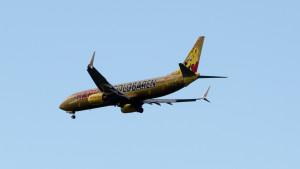 TuiFly Haribo Flieger über Hannover