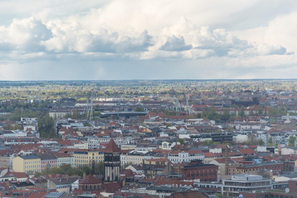 Aussicht über Berlin vom Hotel Stockwerk 33 aus. Teil 1
