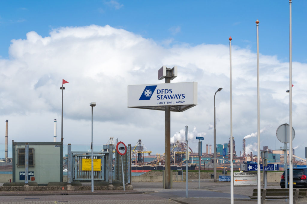 DFSD Seaways Schild am Hafen in IJmuiden