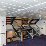 Fast wie auf einem Kreuzfahrtschiff - die Treppen in der Princess Seaways