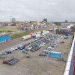 Blick auf den Parkplatz der DFDS Seaways in Ijmuiden