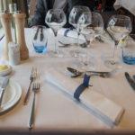 Warten auf das Essen im Blue Riband Menu Restaurant