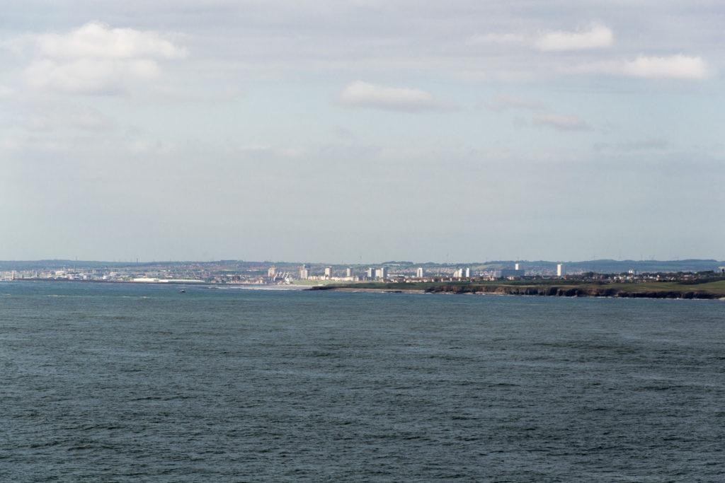 Blick auf Sunderland vom Schiff auf der Nordsee aus