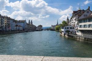 Sonnenschein über Zürich und Limmat