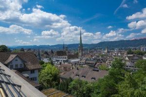 Blick von der Uniterrasse über Zürich