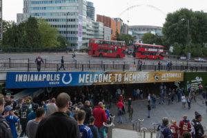 Jacksonville Jaguars gegen Indianapolis Colts - Ankunft Wembley Park mit Blick auf das Stadion