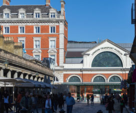 Hinein ins London Transport Museum
