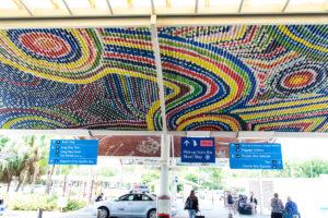 Aborigines Zeichnungen am Flughafen Darwin