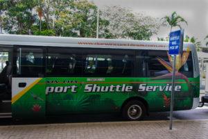 Weg nach Darwin mit dem Airport Shuttlebus