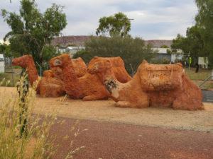 Kamele aus Sandstein