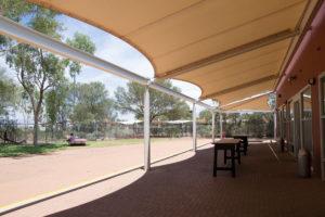 Flughafen in Alice Springs - mit Außenbereich