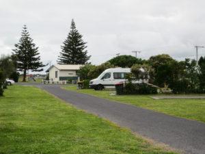 Unser Camper auf dem Stellplatz