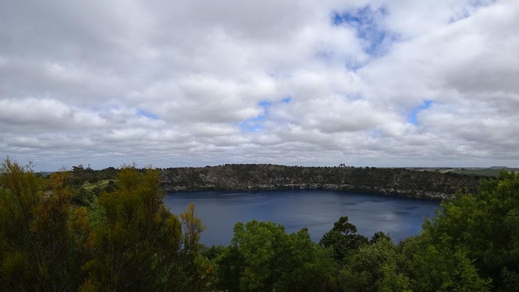 Wie blau das Wasser im Blue Lake ist