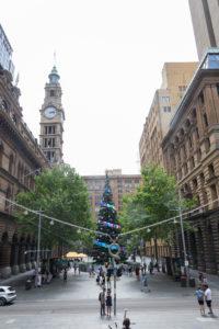Weihnachtsbaum in der Innenstadt Sydneys