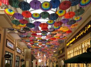 Bei so viel Regen bräuchten wir die Schirme außerhalb der Dubai Mall