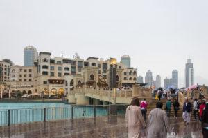 Regen, Regen, Regen in Dubai, jetzt am Abend