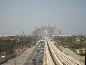 Auf dem Weg in die Palmeninsel - Dubai